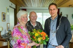 60-jarig huwelijksjubileum Pieter Tichelaar en Hilly Speelmans